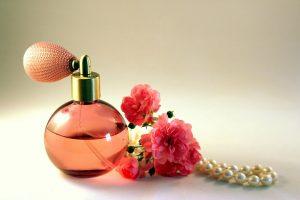 parfum de dama arabesc